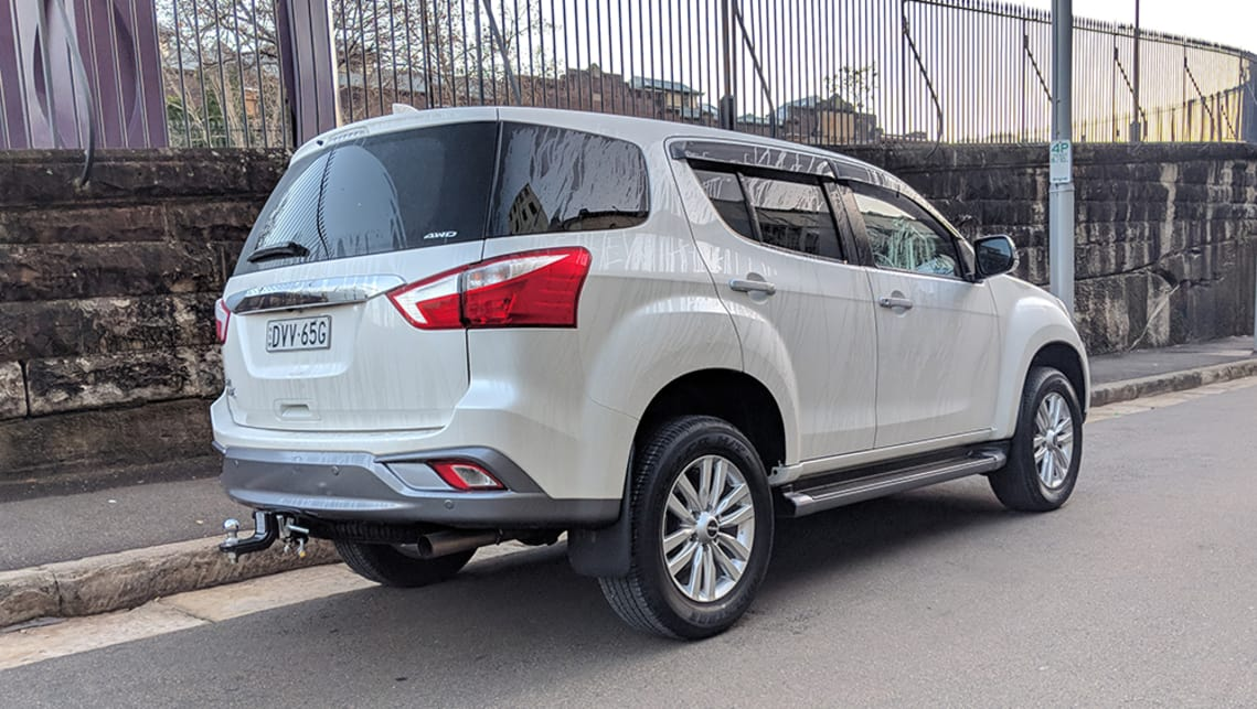 isuzu mu x ls u review