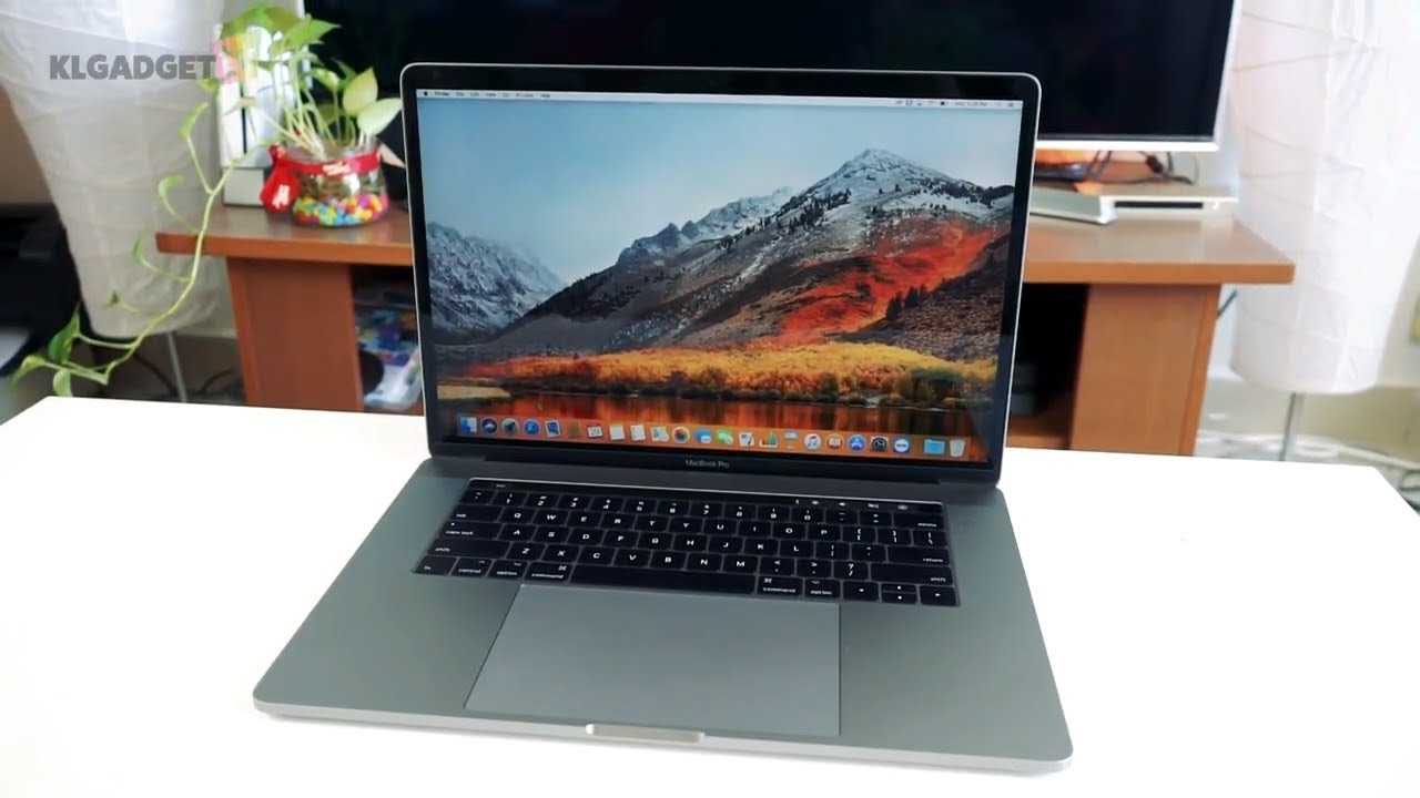 macbook pro 2017 15 inch review